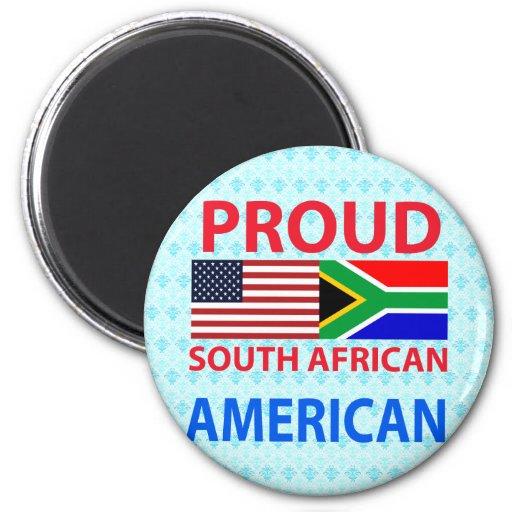 Americano surafricano orgulloso imán de nevera