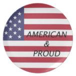 Americano y orgulloso platos de comidas