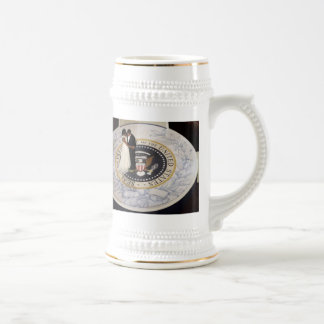 America's FIRST COUPLE, FIRST DANCE Beautiful 18 Oz Beer Stein