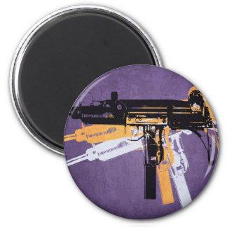 Ametralladora sub de Uzi en púrpura Imán De Frigorífico