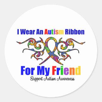 Amigo tribal de la cinta del autismo etiqueta redonda