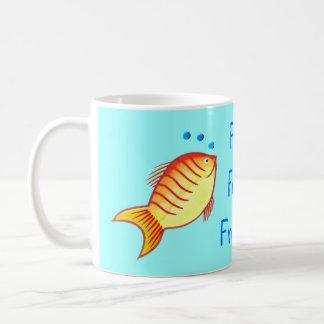Amigos a pescado finos taza clásica