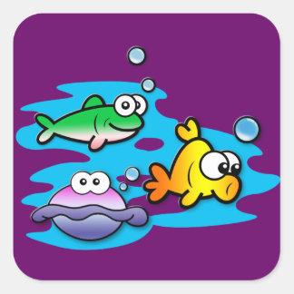 Amigos a pescado pegatina cuadrada