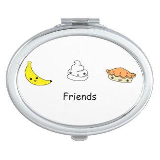 Amigos de la tarta de crema del plátano espejo maquillaje