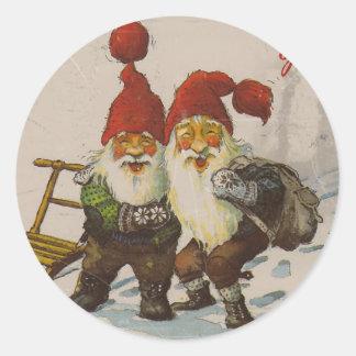 Amigos del gnomo del navidad pegatina redonda