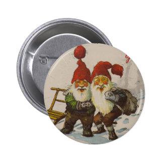Amigos del gnomo del navidad pin redondo de 2 pulgadas