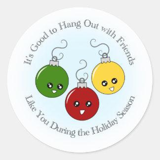 Amigos del ornamento del navidad pegatina redonda