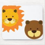 Amigos del oso del león alfombrillas de ratones