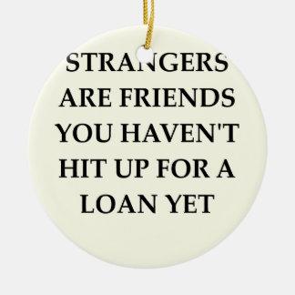 amigos extraños adornos
