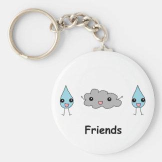 Amigos lindos de la nube y de la gota de agua llavero redondo tipo pin