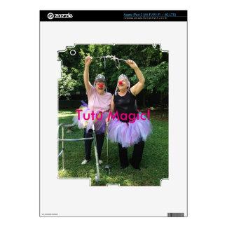 Amigos + Tutúes = tiempos de la diversión iPad 3 Skin