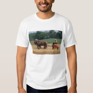 Amish Country simple people in farming with Dresses