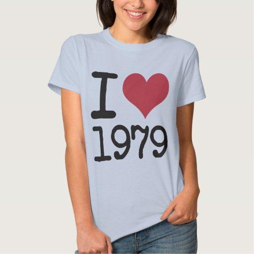 ¡Amo 1979 productos y diseños! Camisetas