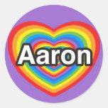 Amo a Aaron. Te amo Aaron. Corazón Pegatinas Redondas