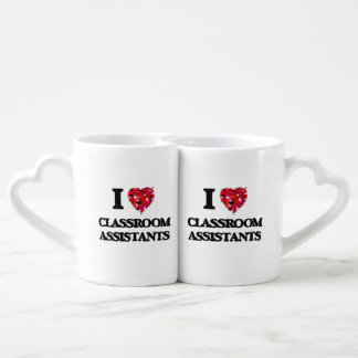 Amo a ayudantes de la sala de clase tazas amorosas