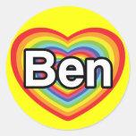 Amo a Ben: corazón del arco iris Pegatina Redonda