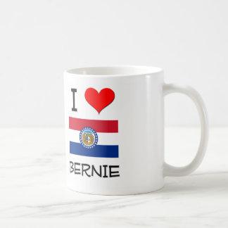 Amo a Bernie Missouri Taza Básica Blanca