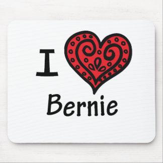 Amo a Bernie Mousepad