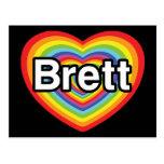 Amo a Brett: corazón del arco iris Postal