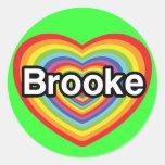 Amo a Brooke: corazón del arco iris Pegatina Redonda
