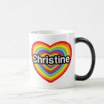 Amo a Christine: corazón del arco iris Taza Mágica