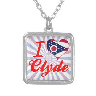 Amo a Clyde, Ohio Pendientes