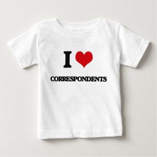 Amo a correspondientes tee shirts