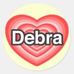Amo a Debra. Te amo Debra. Corazón Etiquetas