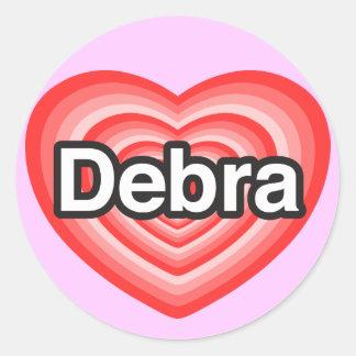 Amo a Debra. Te amo Debra. Corazón Pegatina Redonda