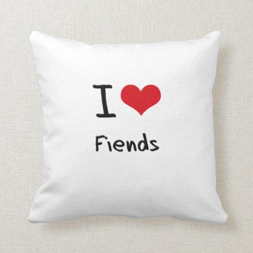 Amo a demonios almohadas