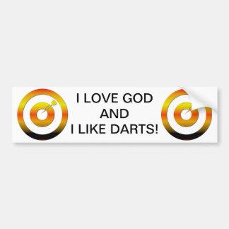 Amo a dios y tengo gusto de dardos etiqueta de parachoque
