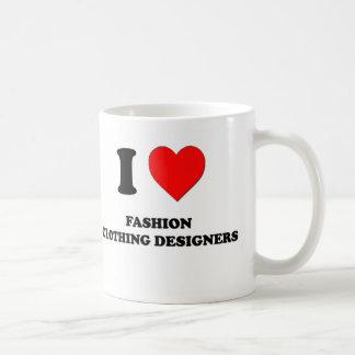 Amo a diseñadores de la ropa de moda taza de café