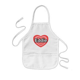 Amo a Eddie. Te amo Eddie. Corazón Delantal Infantil