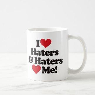 Amo a enemigos y los enemigos me aman taza básica blanca