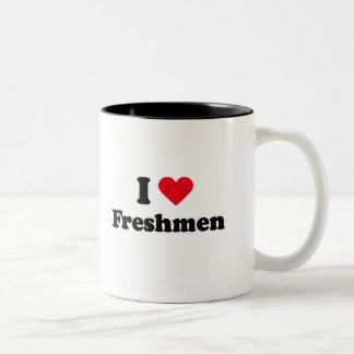 Amo a estudiantes de primer año taza de café