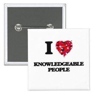 Amo a gente bien informada pin cuadrada 5 cm