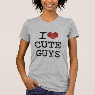 amo a individuos lindos t shirt