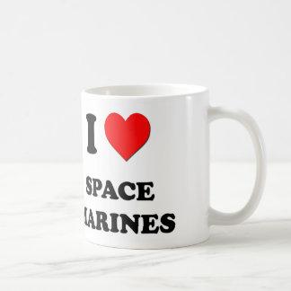 Amo a infantes de marina del espacio taza básica blanca