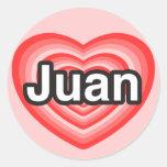 Amo a Juan. Te amo Juan. Corazón Pegatinas Redondas