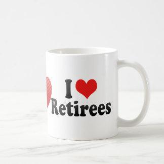 Amo a jubilados taza