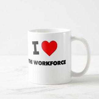 Amo a la mano de obra taza básica blanca