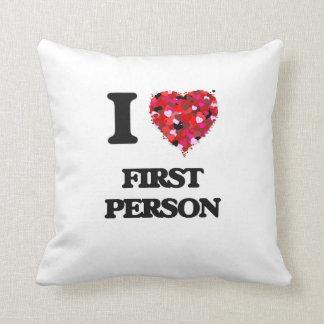 Amo a la primera persona cojin
