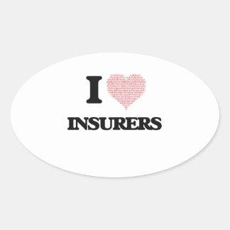Amo a los aseguradores (el corazón hecho de pegatina ovalada