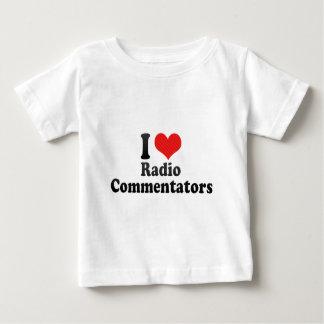 Amo a los comentaristas de radio polera