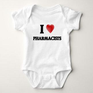 Amo a los farmacéuticos (el corazón hecho de playera