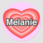 Amo a Melanie. Te amo Melanie. Corazón Pegatinas Redondas