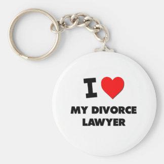 Amo a mi abogado de divorcio llavero redondo tipo pin