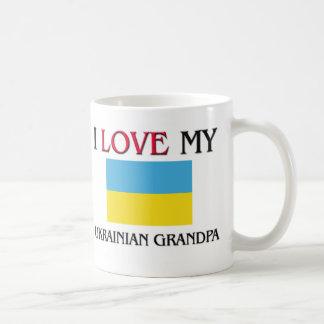 Amo a mi abuelo ucraniano taza