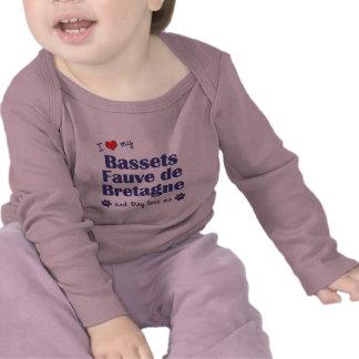 Amo a mi Bassets Fauve de Bretaña (los perros Camisetas