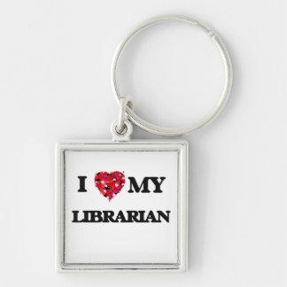 Amo a mi bibliotecario llavero cuadrado plateado